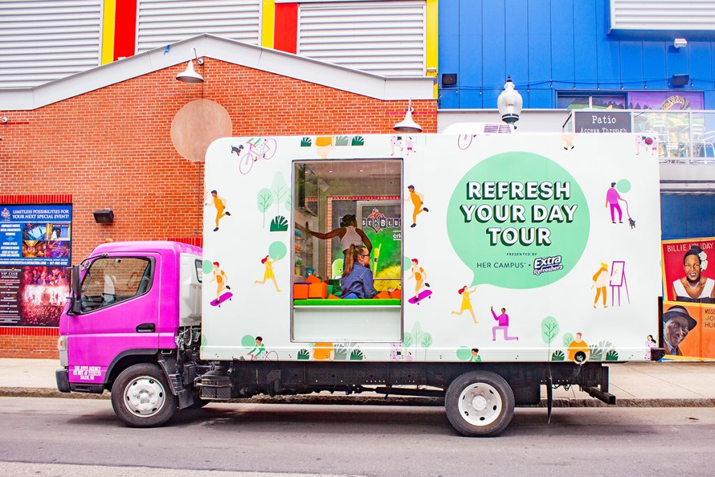 Extra Gum | Ball Pit Glass Truck